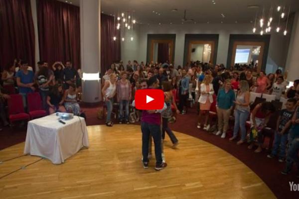 Σε σένα που δεν πιστεύεις στον εαυτό σου | Νικόλας Σμυρνάκης (video)